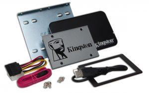 Kingston UV500 2.5 pollice SSD Kit di Aggiornamento 240GB Drive